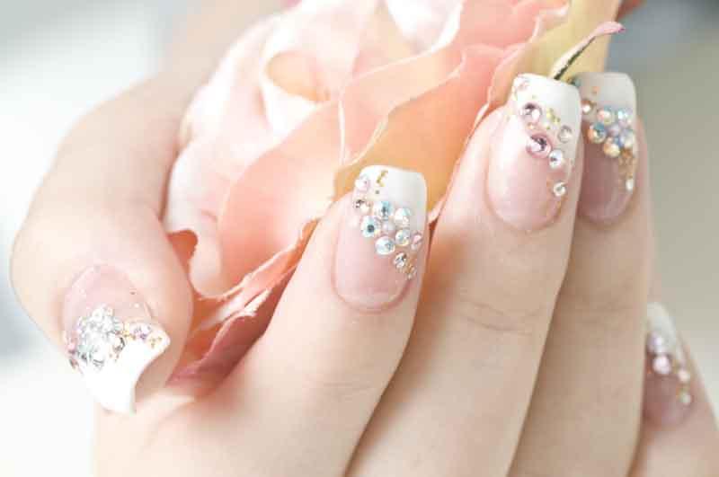Bridal-nails3.jpg